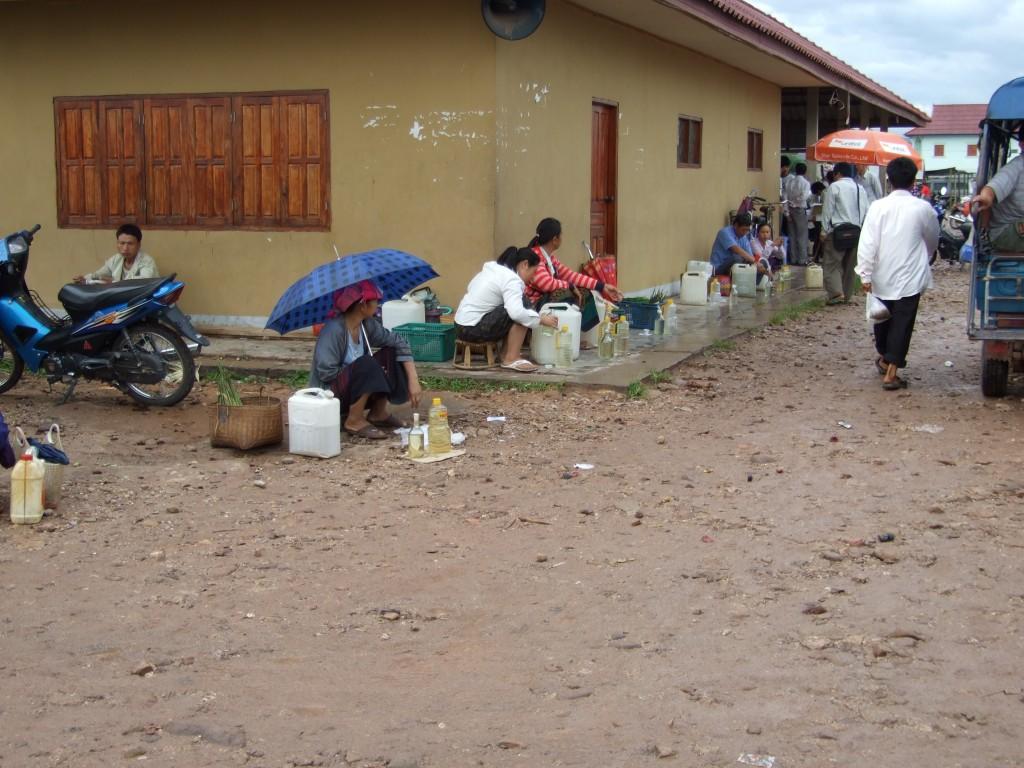 ตลาดหลวงน้ำทา